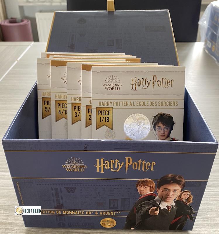 9 x 10 euro Frankrijk 2021 - Harry Potter UNC in blister - deel 1 + verzamelbox